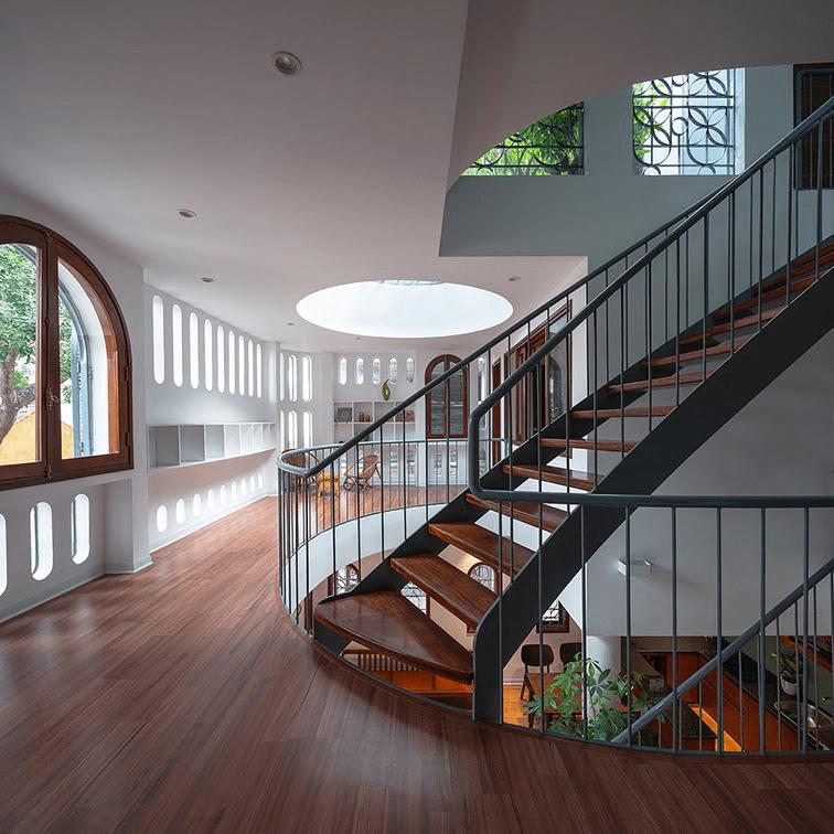 Không gian mở giữa các phòng, lối đi, tầng trog nhà - 3