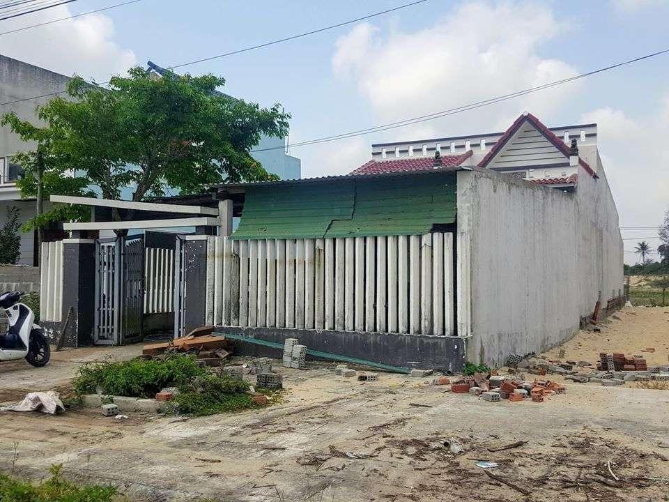 Ngôi nhà cũ trước khi được lột xác