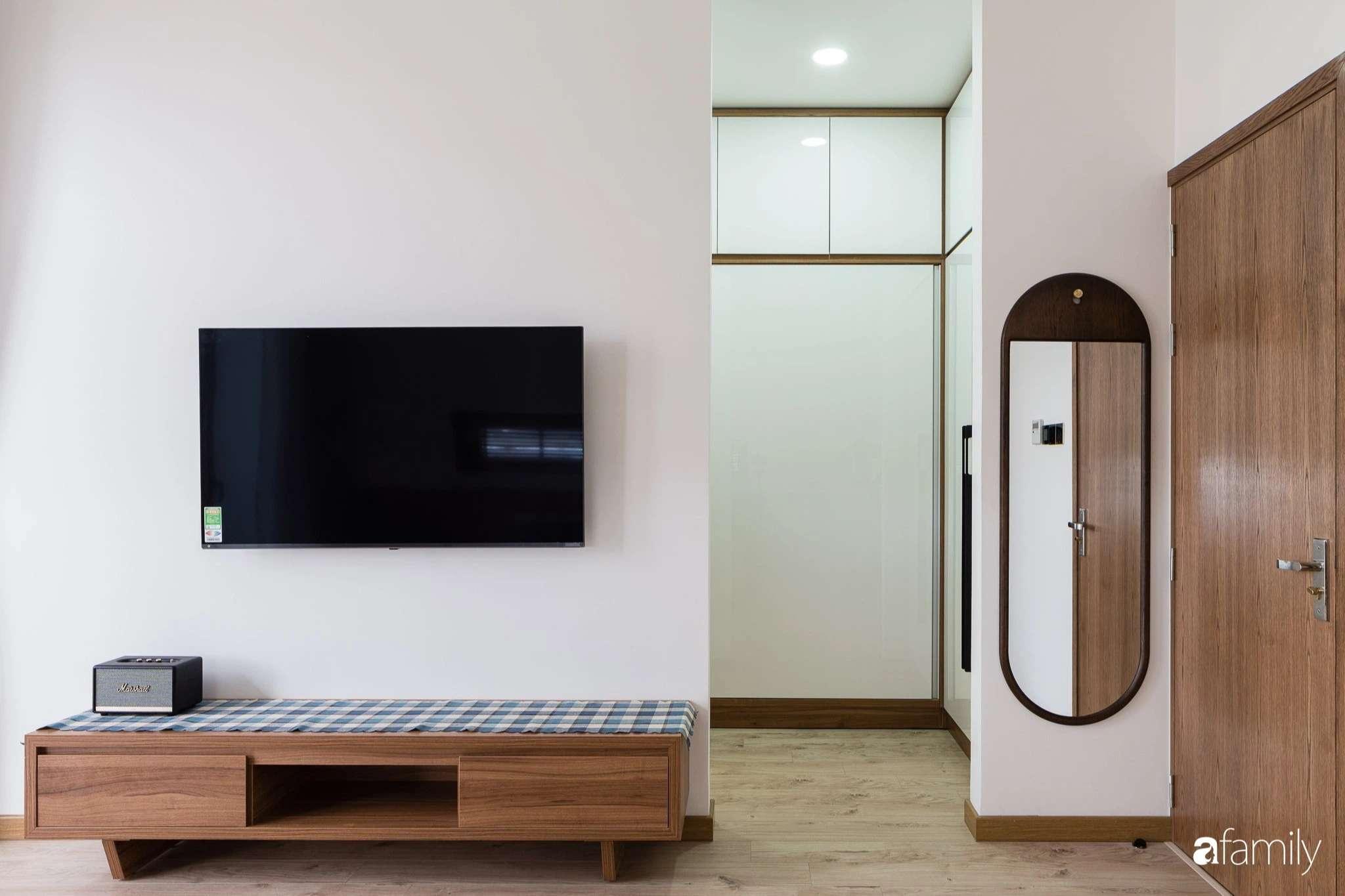Mỗi căn phòng đều hướng tầm nhìn ra bên ngoài, thoải mái cảm nhận ánh sáng nhờ bước chuyển thời gian từ lam gỗ-1