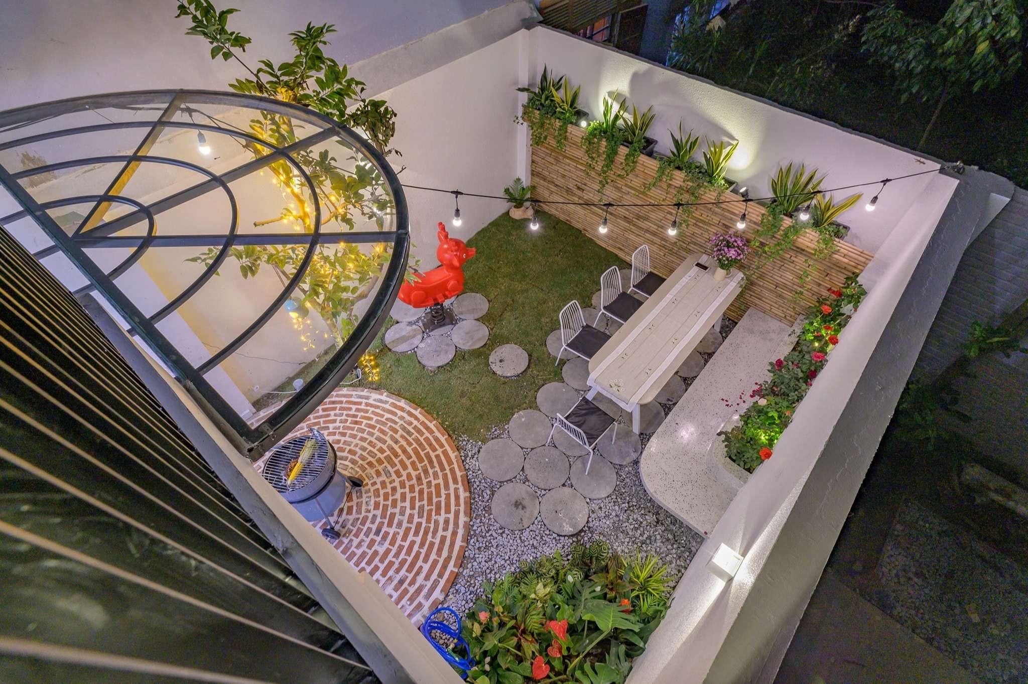 Khoảng sân vườn đáng mơ ước của ngôi nhà - 2