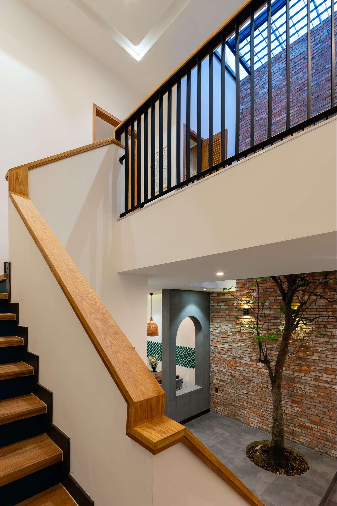 Gạo house - Nhà của Gạo | Cầu thang, lỗi lên tầng trên