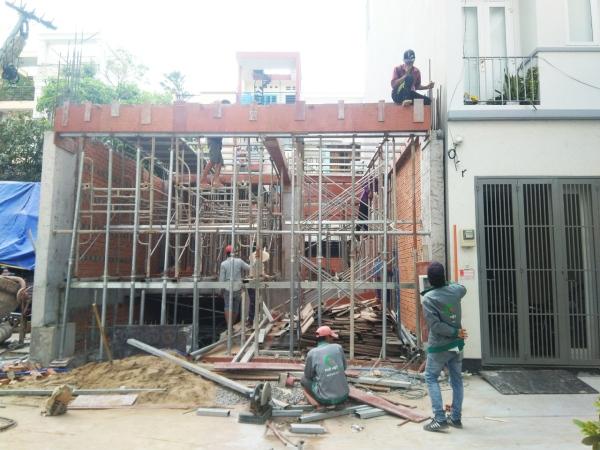 Quá trình thi công trụ sở công ty xây dựng quận Bình Thạnh